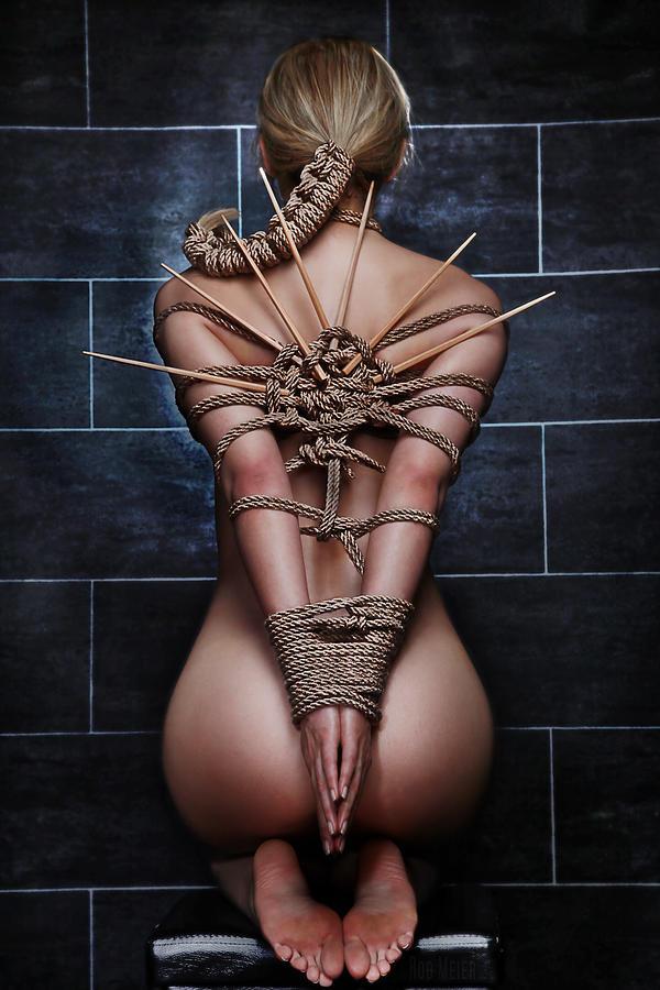 blonde girl of degrassi but naked