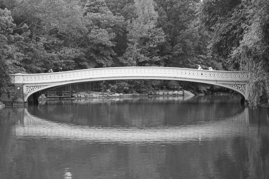 Bow Bridge Photograph - Bow Bridge Central Park by Christopher Kirby