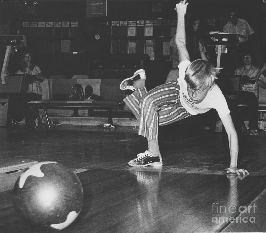 Bowl Photograph - Bowling by Jim Wright
