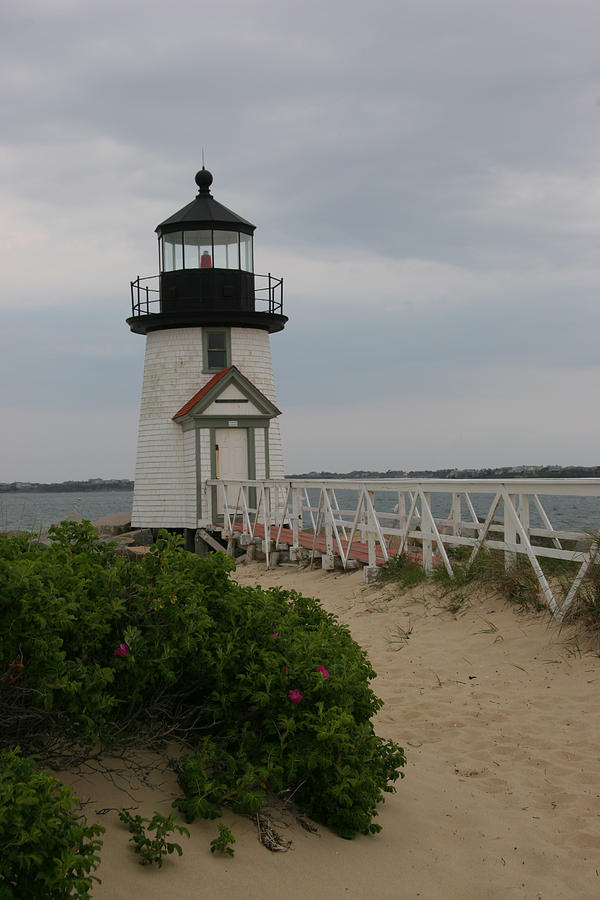 Brant Point Lighthouse Photograph - Brant Point Lighthouse, Nantucket MA by Bob See
