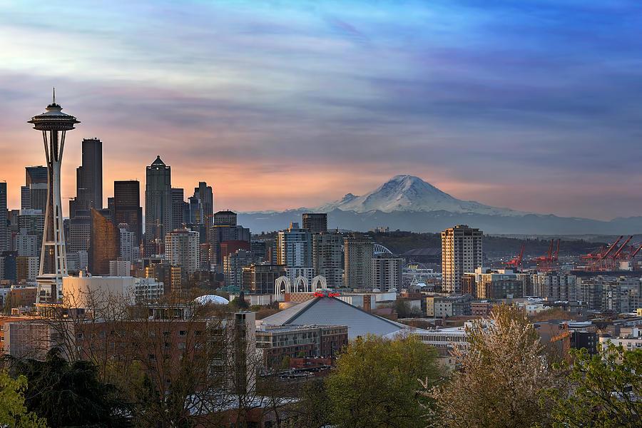 Seattle Photograph - Breaking Dawn In Seattle by David Gn