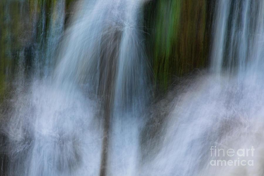 Bridge Creek Falls by Phil Dyer