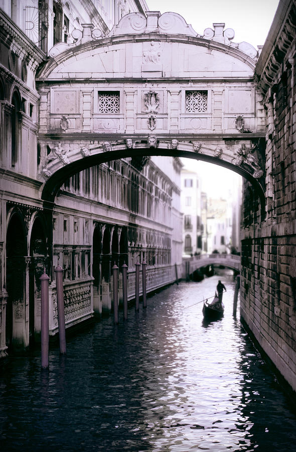 Italy Photograph - Bridge Of Sighs by Warren Home Decor