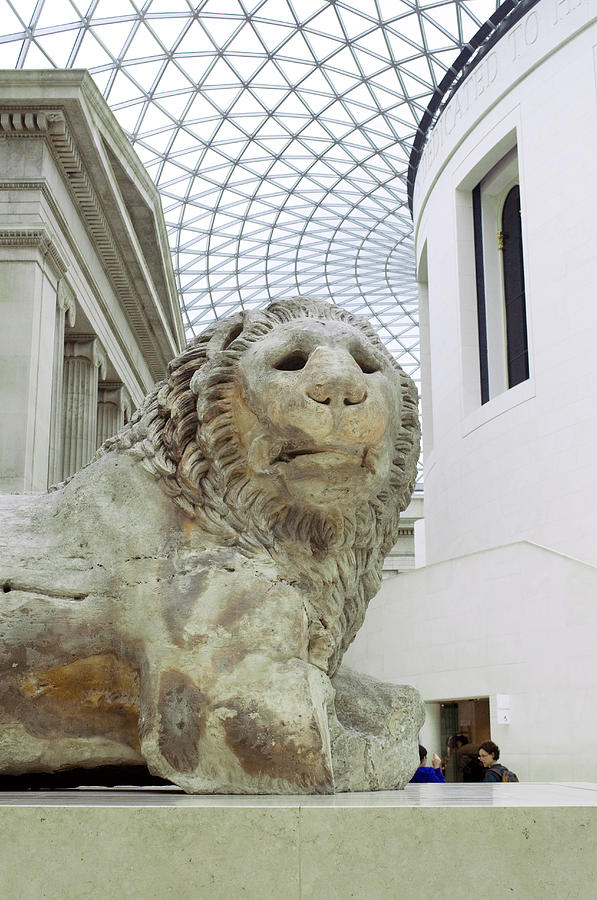 Lion Statue Photograph - Britmuseumlion 0064 by Charles  Ridgway