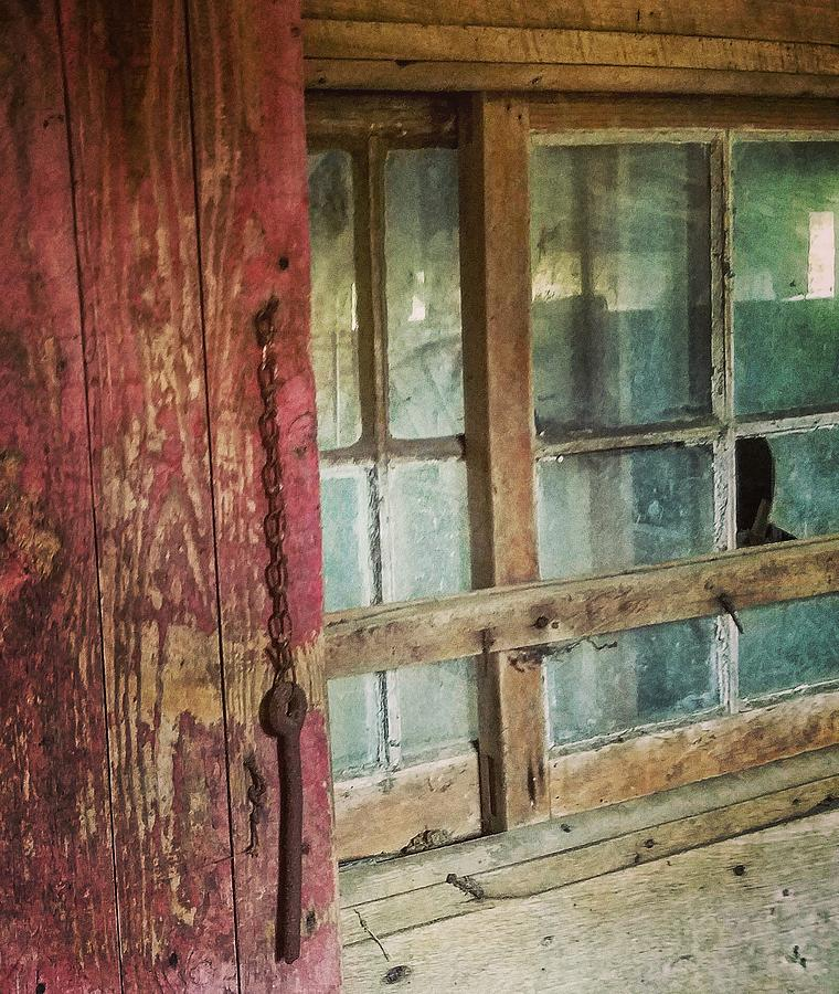 Abandon Photograph - Broken Window by Ed Lumbert