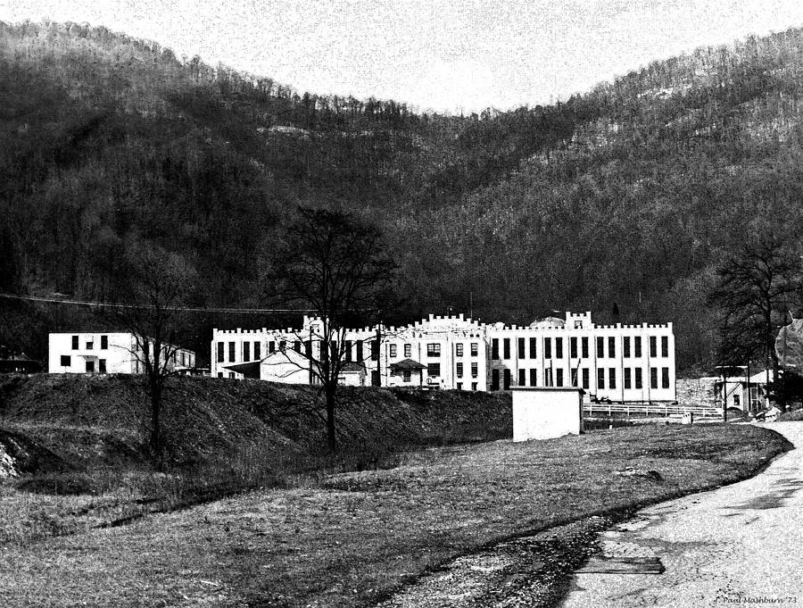 Brushy Mountain State Penitentiary Photograph - Brushy Mountain 1 by Paul Mashburn