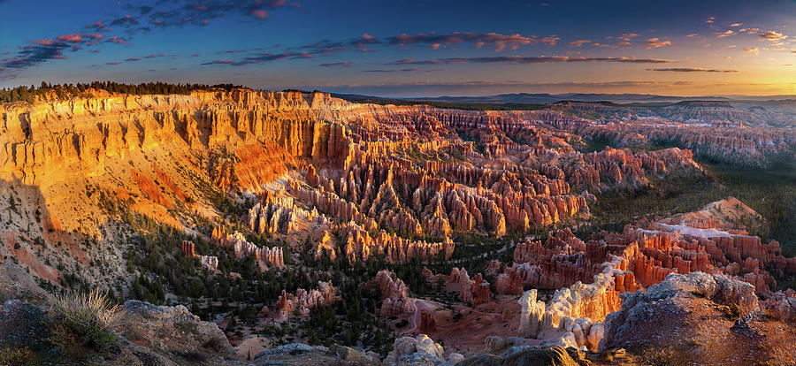 Bryce Canyon Photograph - Bryce Canyon Early Morning by William Freebilly photography