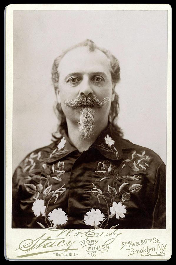 buffalo-bill-cody-cabinet-card-portrait-