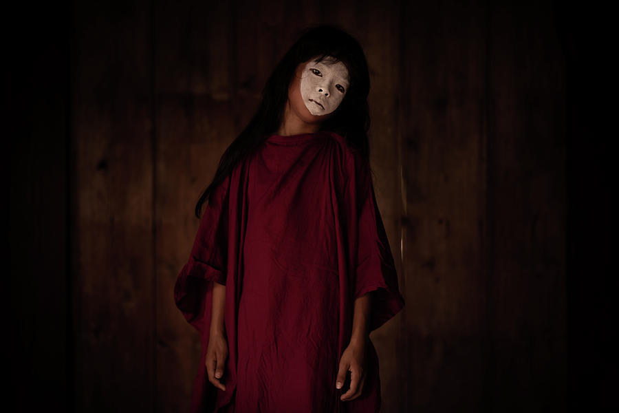 Butoh by Lucas Dragone
