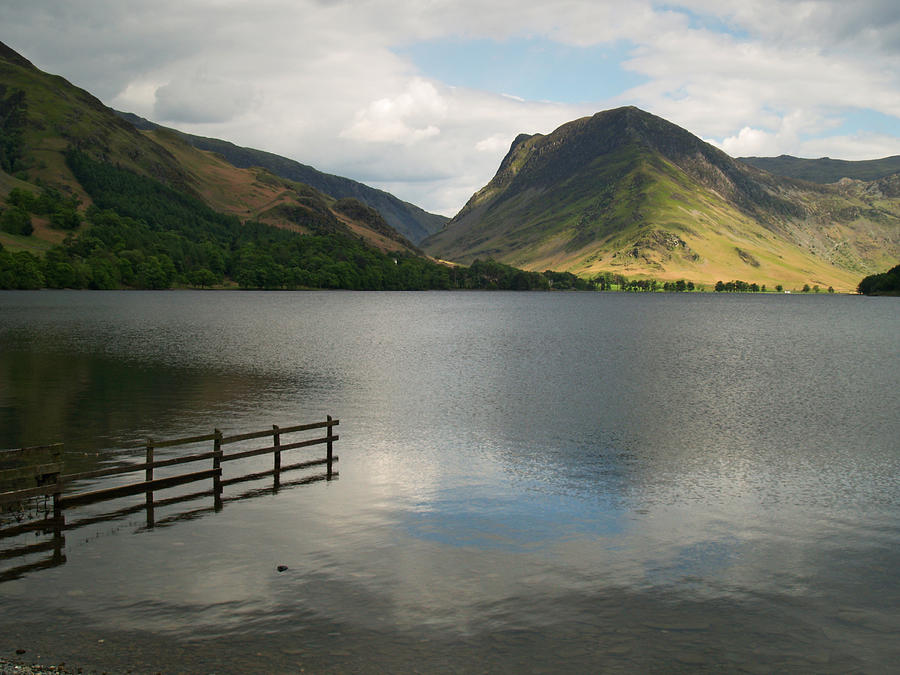 Lake Photograph - Buttermere And Fleetwith Pike by Steve Watson