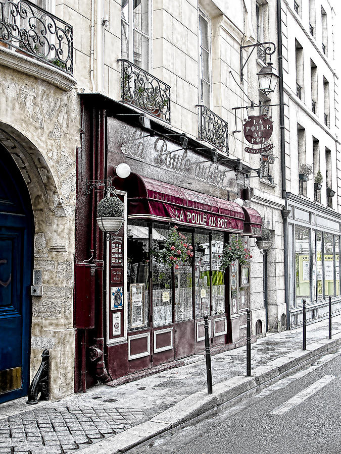 French Cafe Photograph - Cafe In Paris by J Pruett