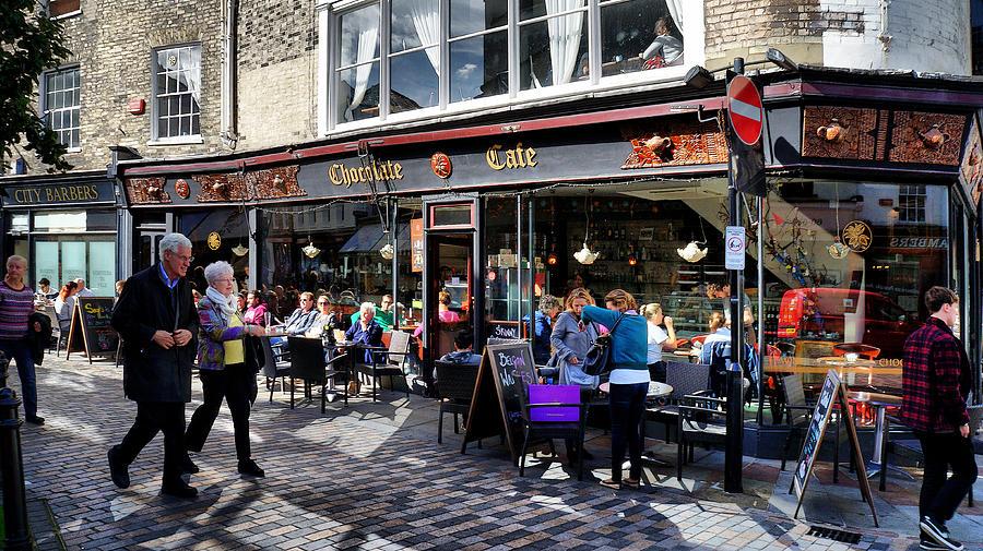 Cafe by Pedro Fernandez