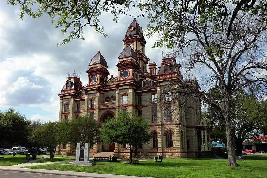 Caldwell County Courthouse by Ricardo J Ruiz de Porras