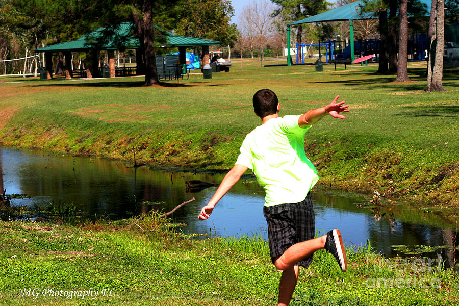 Disc Golf Photograph - Caleb by Marty Gayler
