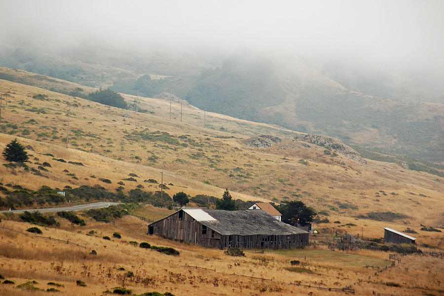 Barn Photograph - California Homestead - Rural Scene by Suzanne Gaff