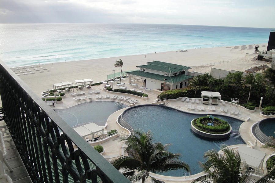 Beach Photograph - Cancun Beach Resort by Lori Rider