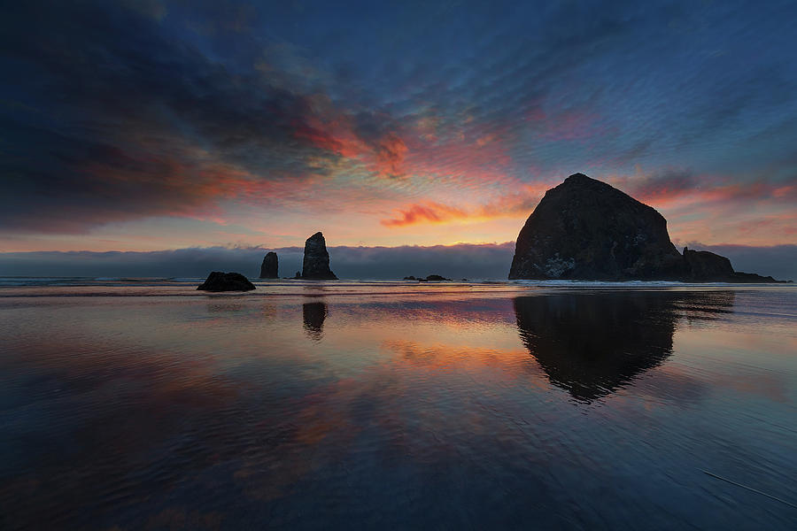 Cannon Beach Photograph - Cannon Beach Sunset by David Gn