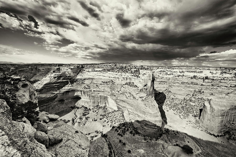 Canyon Del Muerto Photograph - Canyon De Chelly  by George Oze