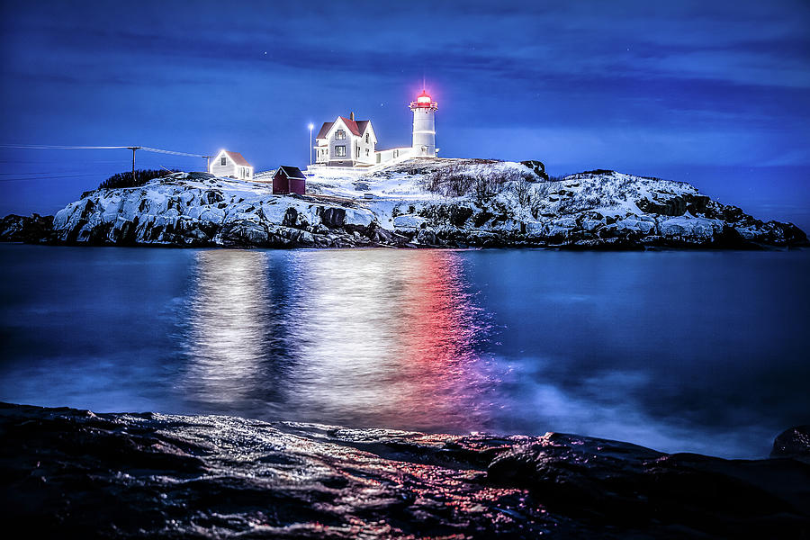 Nubble Lighthouse Photograph - Cape Neddick Lighthouse by Robert Clifford