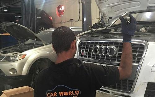 Car Garage In Dubai