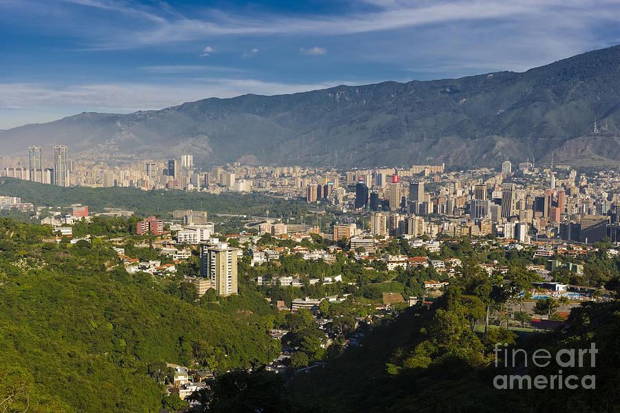 Caracas by Juan Silva