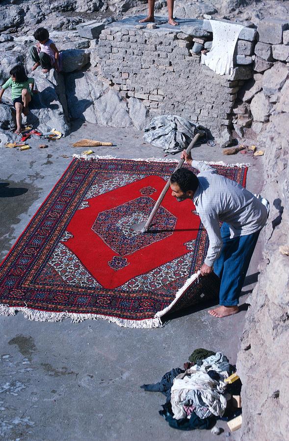 Inženýr Toilet glosuje aktuální dění! Carpet-cleaner-in-iran-carl-purcell