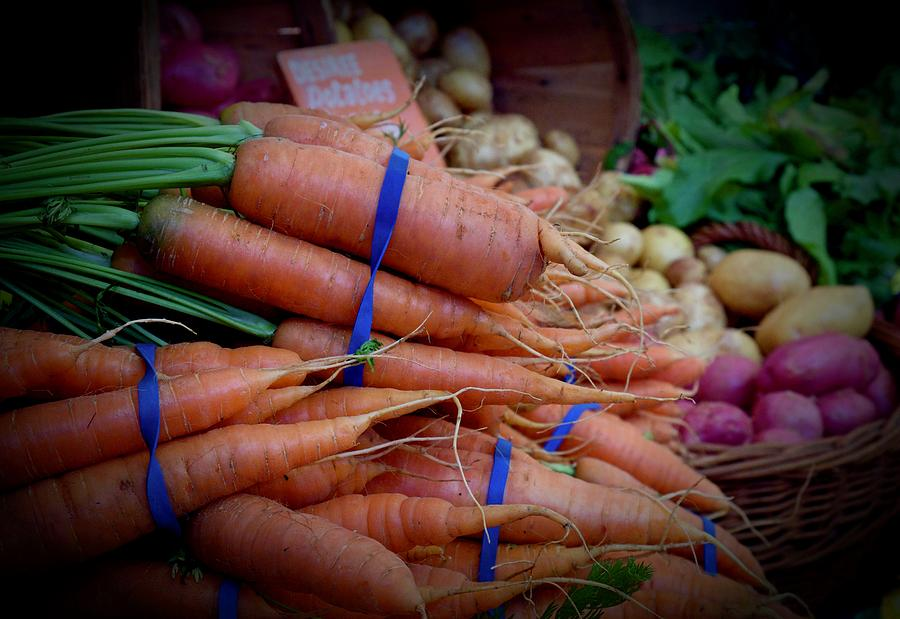 Carrots Vignette at Davis Farmers' Market by Vinnie Oakes