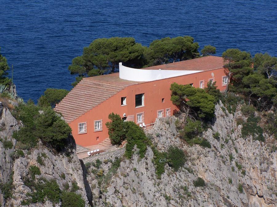 Casa malaparte photograph by adam schwartz for Casa malaparte libera