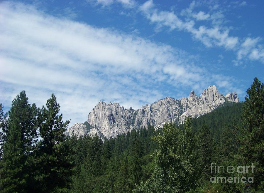 Castle Crags Photograph - Castle Crags by Charles Robinson