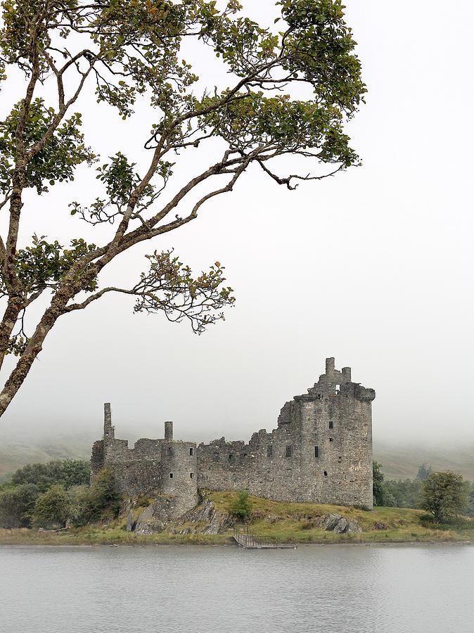 Kilchurn Castle Photograph - Castle Mist by Grant Glendinning