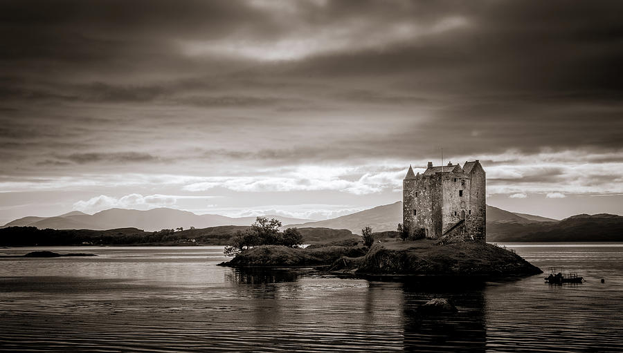 Castle Stalker 1 by Niels Nielsen