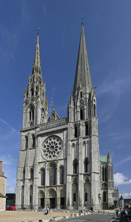 France Photograph - Cathedral Of Chartres by Gary Lobdell