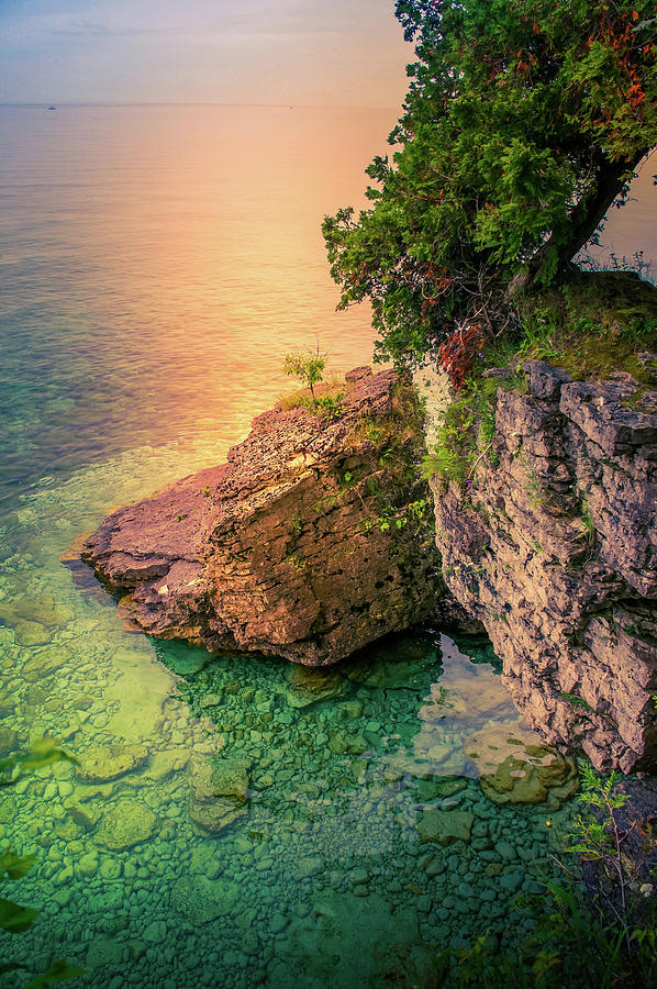 Cave Point Photograph - Cave Point County Park I by Art Spectrum
