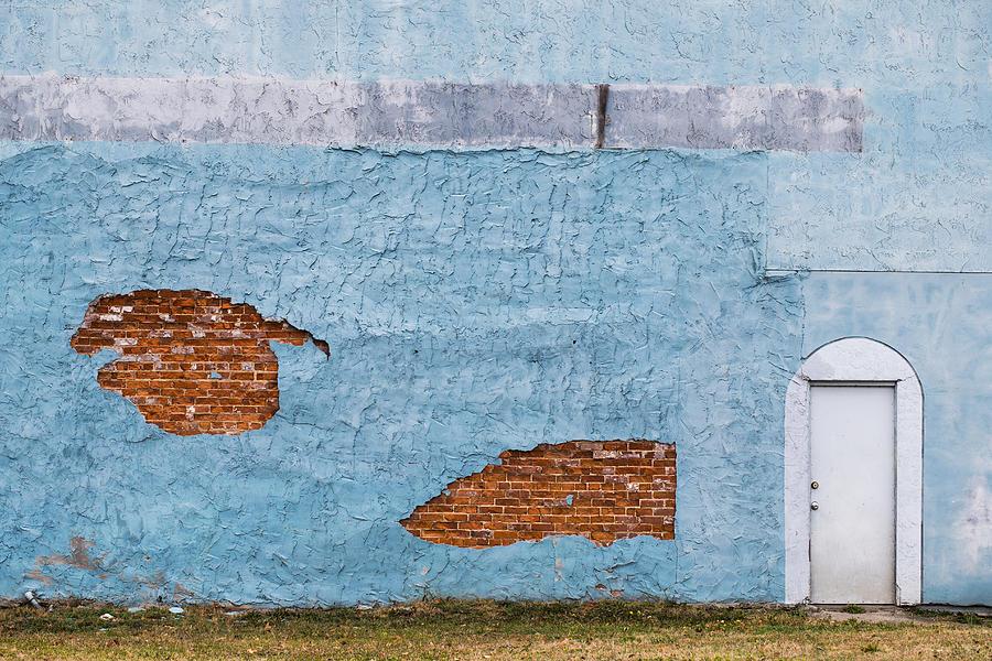 Color Photograph - Cedartown, Georgia by Keith May