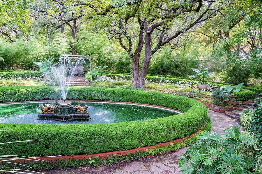 Chandor Gardens Fountain Photograph by Chris Gilbert