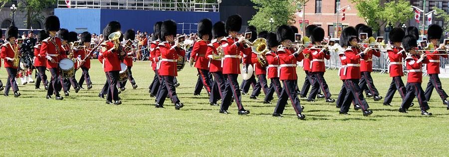 Canada Photograph - Change Of Guards - Canada by Jegan G Raja