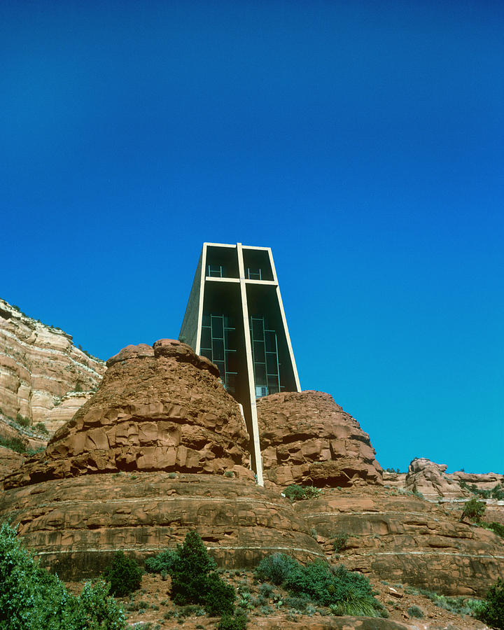 Chapel Of The Holy Cross Photograph - Chapel Of The Holy Cross Sedona Arizona by Gary Wonning