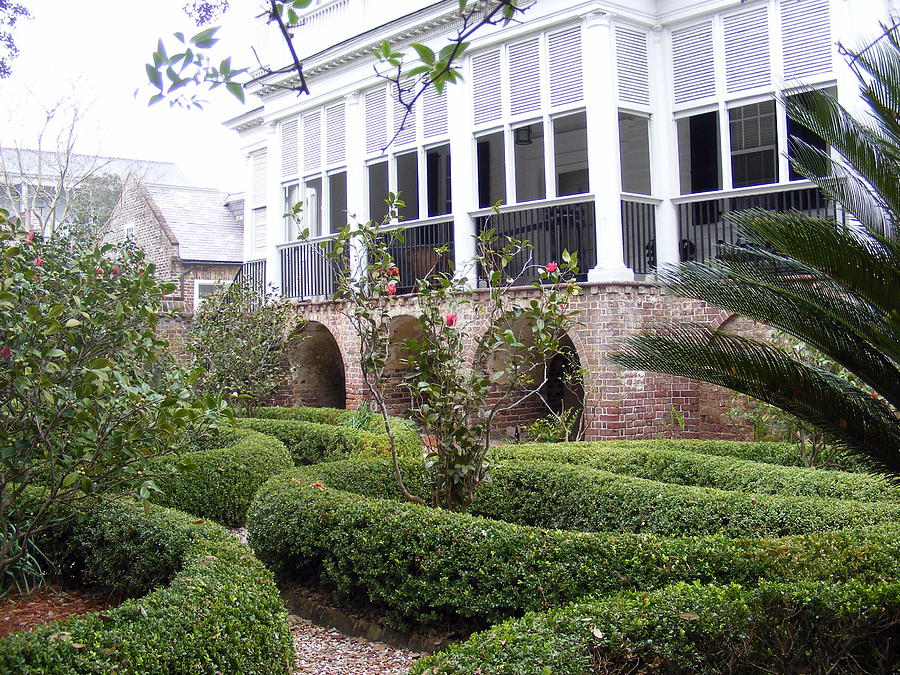Colonial Home Photograph - Charleston Garden South Battery Street by Elena Tudor