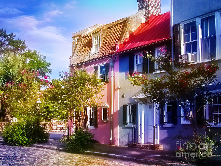 Charleston Pink House on Chalmers Street Photograph by Ginette Callaway