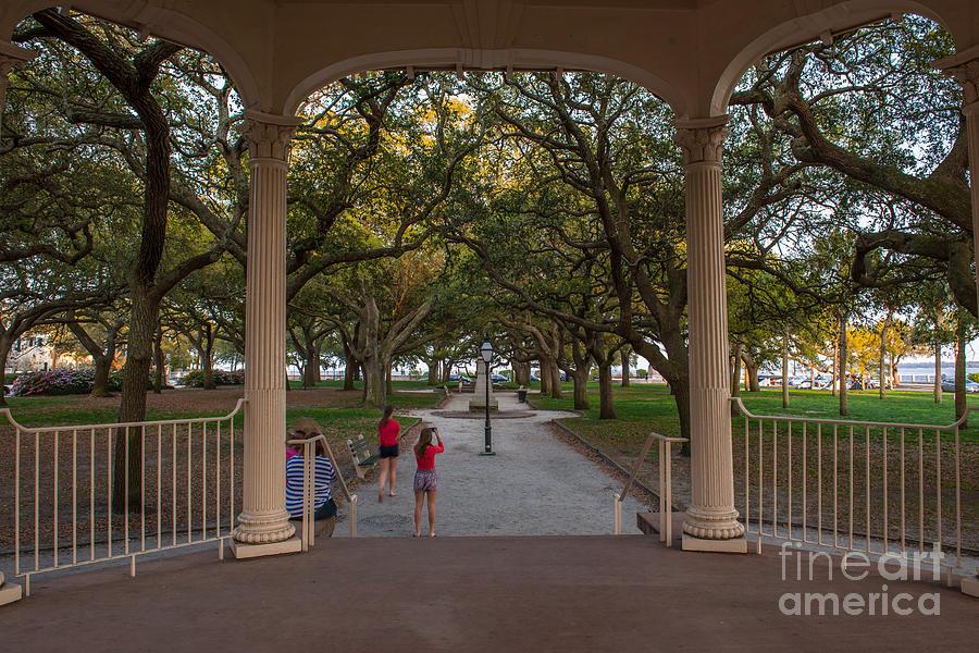 Charleston Tourist Photograph