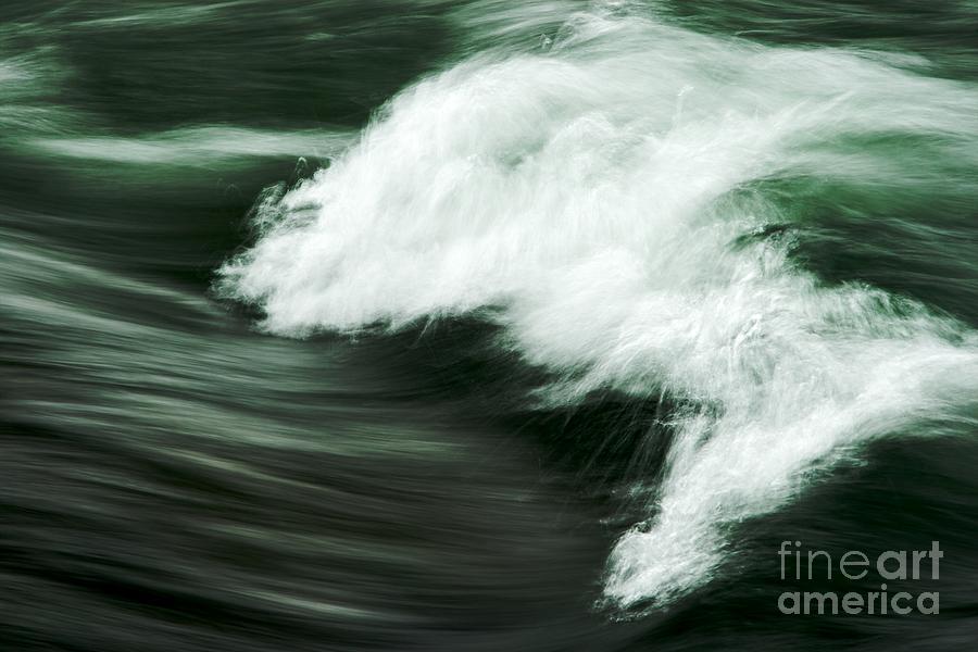 Scenic Photograph - Chasing by Hideaki Sakurai