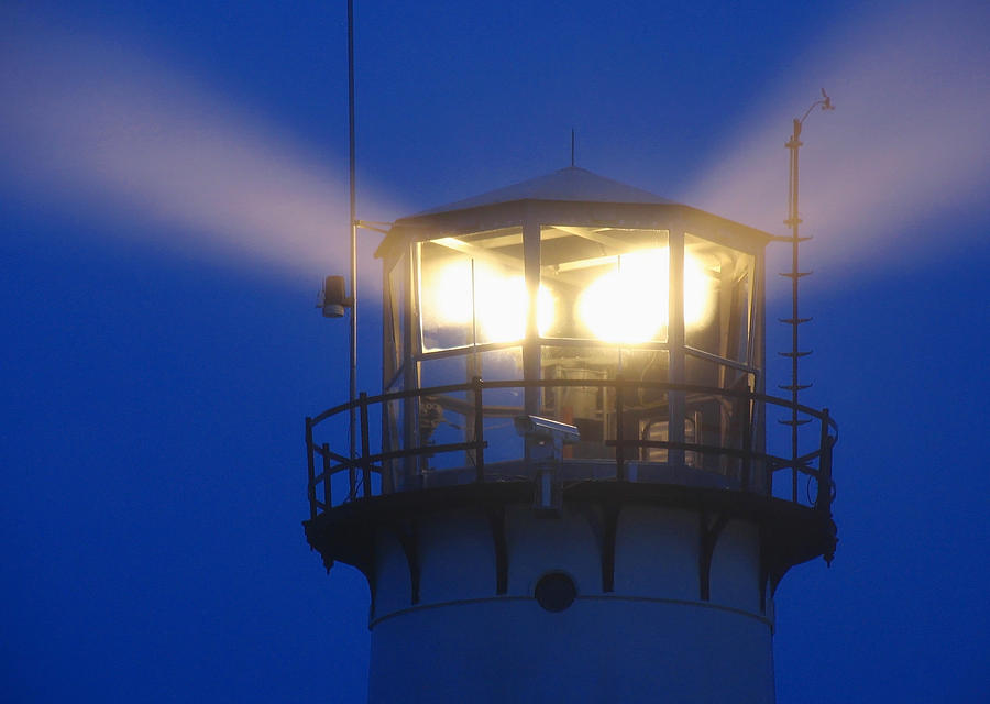 Lighthouse Photograph - Chatham Light by Juergen Roth