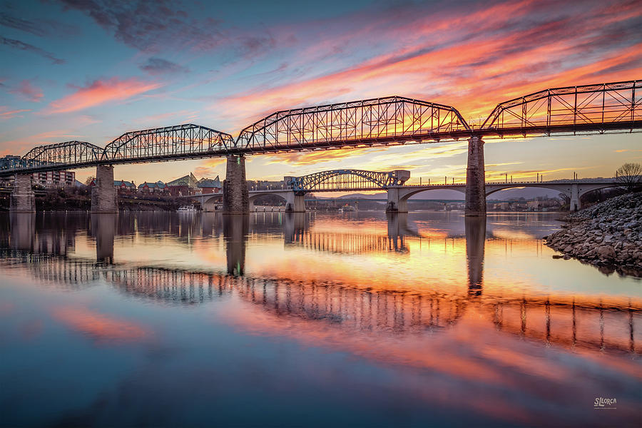 Chattanooga Photograph - Chattanooga Sunset 5 by Steven Llorca