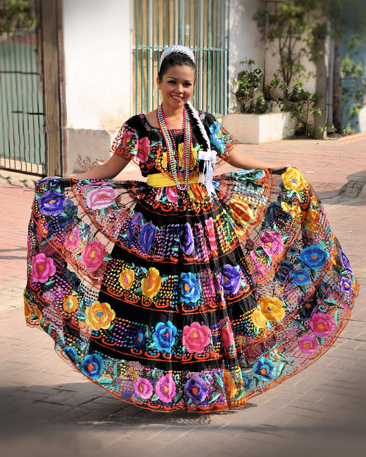 Chiapaneca Dress Photograph By Jim Walls Photoartist