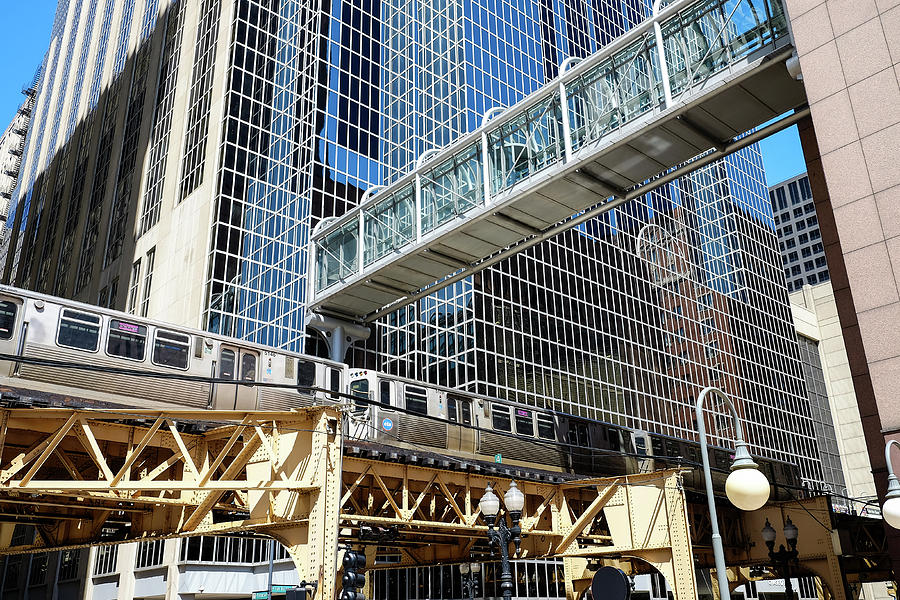 Chicago architecture and the Ell by John McArthur