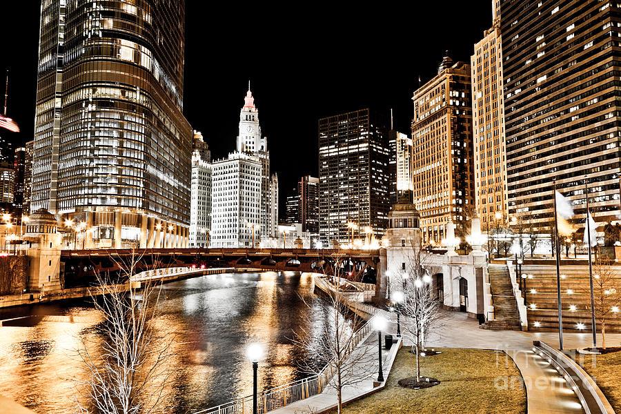 America Photograph - Chicago At Night At Wabash Avenue Bridge by Paul Velgos
