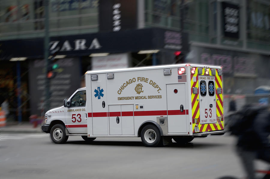 Chicago Fire Department Ems Ambulance 53 Photograph by ...