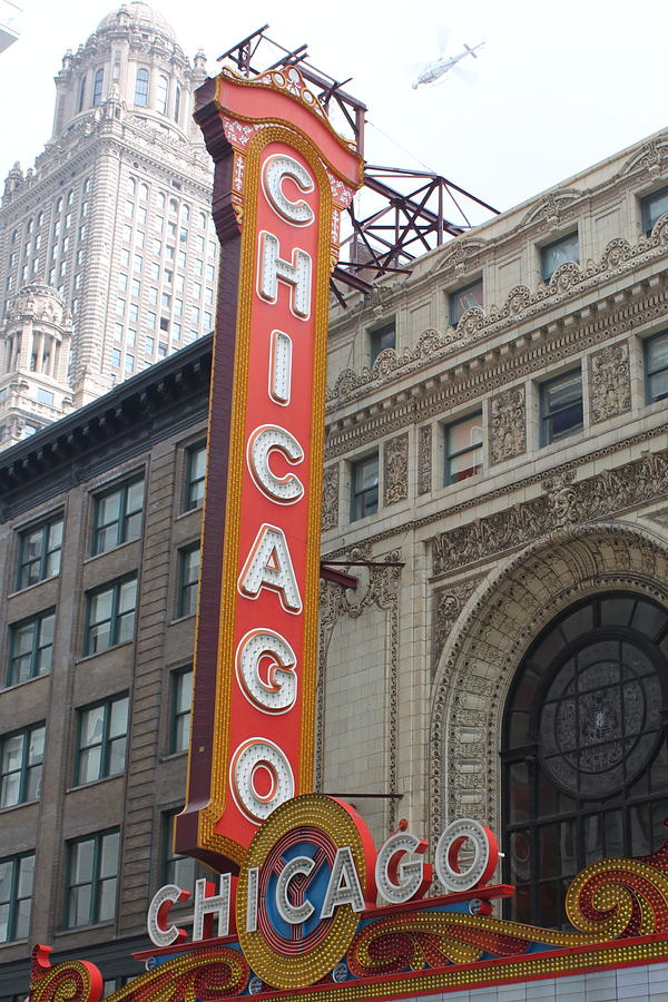Chicago Photograph - Chicago Theater Sign by Lauri Novak