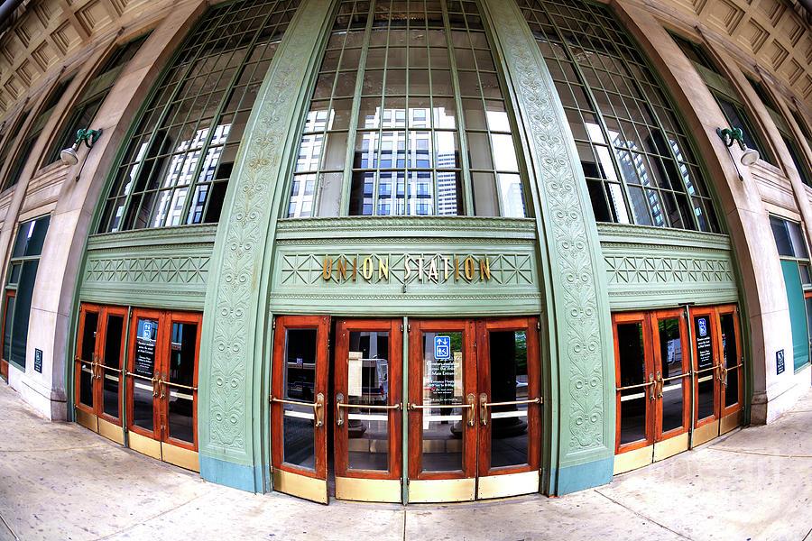 Door Photograph - Chicago Union Station Fisheye by John Rizzuto