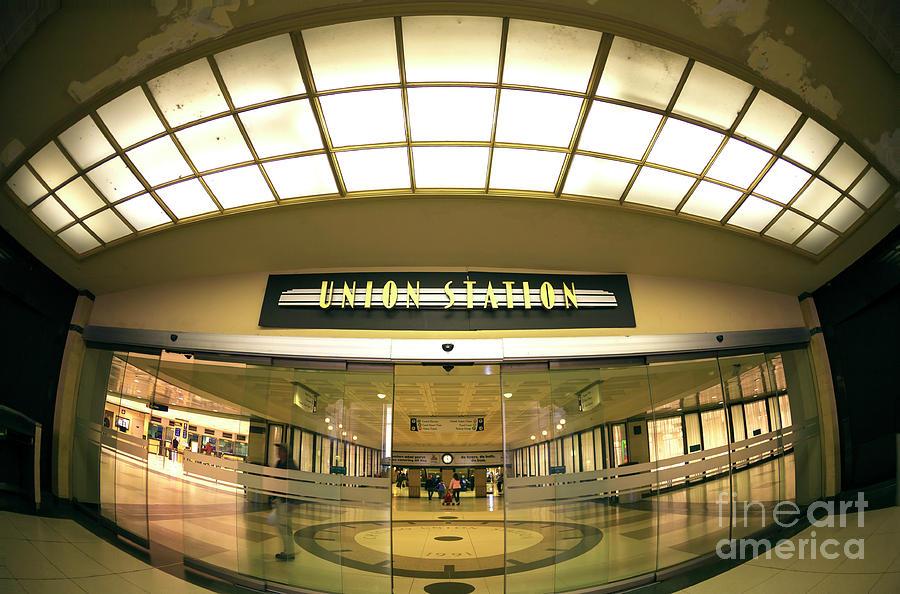 Door Photograph - Chicago Union Station Interior Fisheye by John Rizzuto